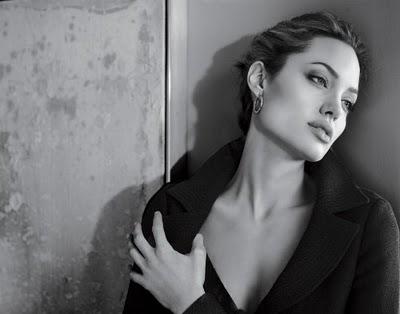Jolie_on_Burton