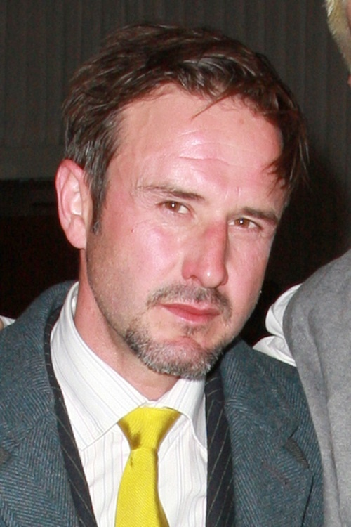 david-arquette-poses-with