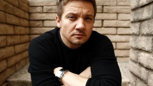 Jeremy Renner Considering Wikileaks Movie, Latest Entertainment News Today