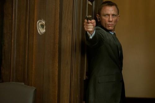 SKYFALL Trailer - James Bond, Daniel Craig, Latest Entertainment News Today