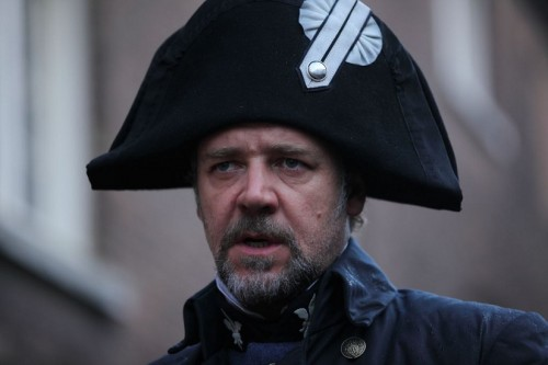 Russell Crowe Defends LES MISERABLES Singing! - TOMORROW'S NEWS - The Latest Entertainment News Today!