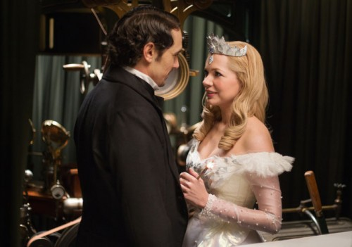 JAMES FRANCO as OZ and MICHELLE WILLIAMS as GLINDA - OZ THE GREAT AND POWERFUL Film Review - TOMORROW'S NEWS - The Latest Entertainment News Today!