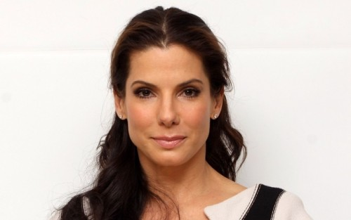 SANDRA BULLOCK In Talks To Star IN ANNIE? - TOMORROW'S NEWS - The Latest Entertainment News Today!