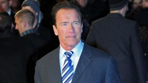 ARNOLD SCHWARZENEGGER Starring In TERMINATOR 5? - TOMORROW'S NEWS - The Latest Entertainment News Today!
