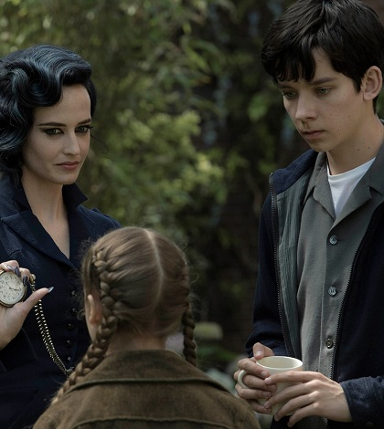 Read the Latest Film Reviews - TIM BURTON Miss Peregrine's Home for Peculiar Children