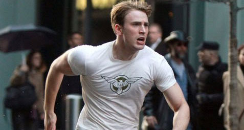 Chris Evans - NYC Captain America-2-Thumb