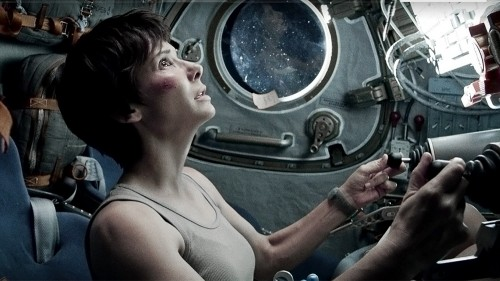 SANDRA BULLOCK in GRAVITY - Film Review! TOMORROW'S NEWS - The Latest Entertainment News Today!
