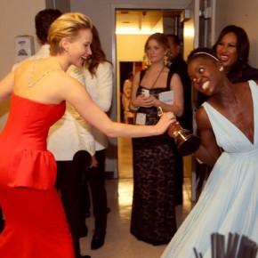 OSCAR NEWS: Best Supporting Actress Lupita Nyong'o - 12 Years A Slave