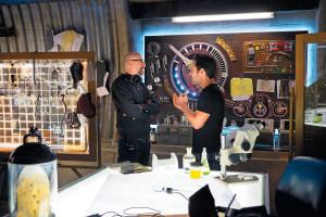 FILM NEWS: Director Peyton Reed and Rudd on set.