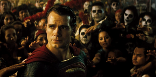 The place to find the Latest Film Reviews 2016 - BATMAN VS SUPERMAN DAWN OF JUSTICE - Henry Cavill